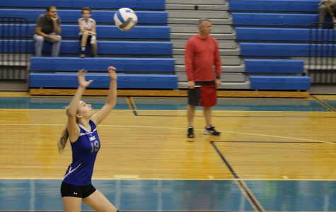 Girls' volleyball wins against Watkins in first home game