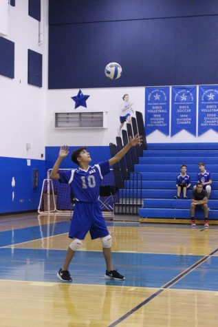 Boys' volleyball wins first page against Duncan