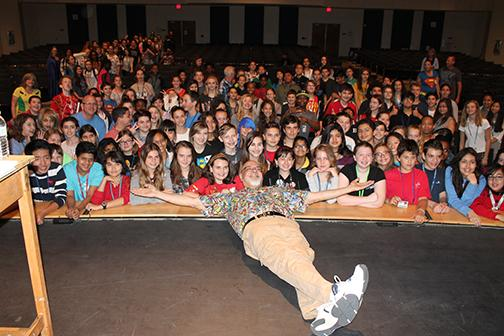 Renown comic book artist, George Perez, visits Bak students for a second time.